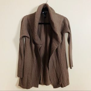 Carole Little Woman Open Front Cardigan Belted